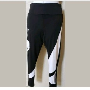 Reebox Leggins color block black and white